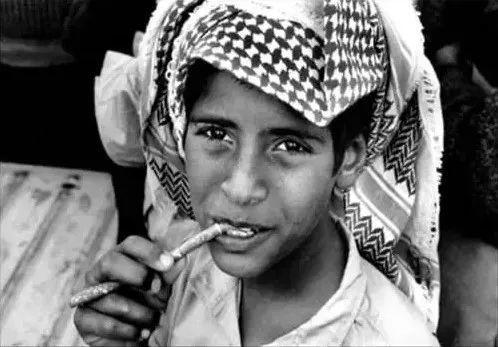 科普丨非洲人和阿拉伯人的牙齿怎么那么白?